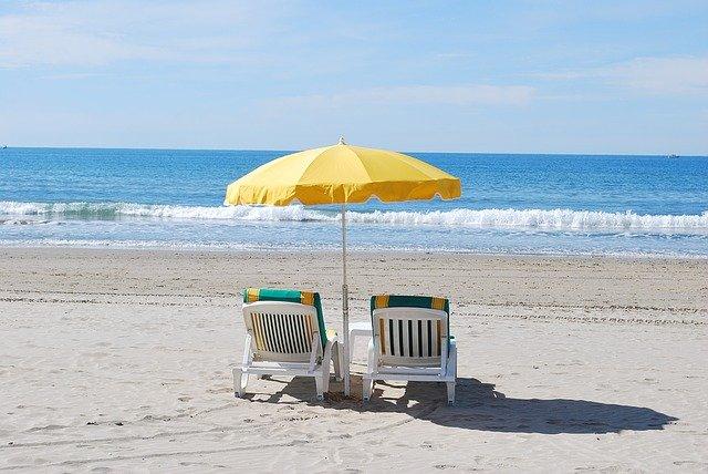 beach-1230733_640